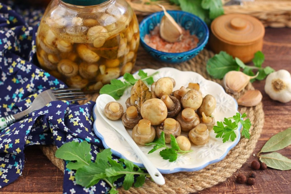 Быстрый рецепт маринованных грибов без уксуса