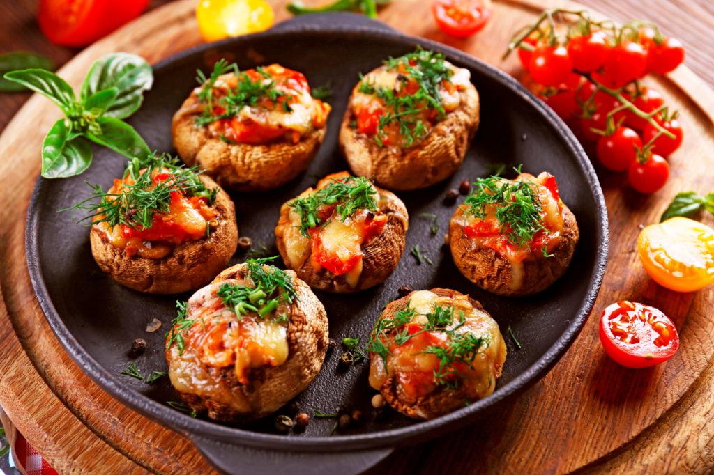 Фаршированные болгарским перцем и куриным филе