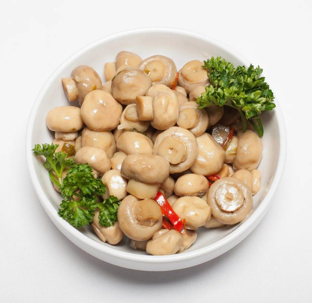 Самый простой рецепт соления шампиньонов – классический рецепт засолки грибов
