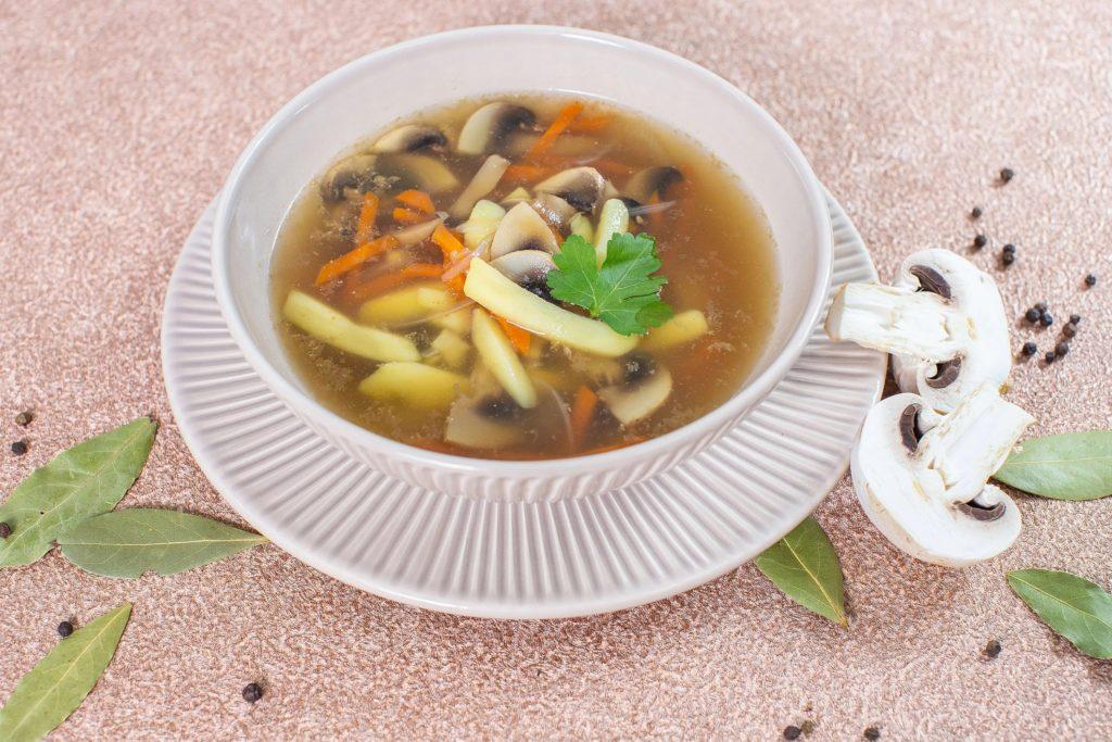 Сколько варить шампиньоны в супе