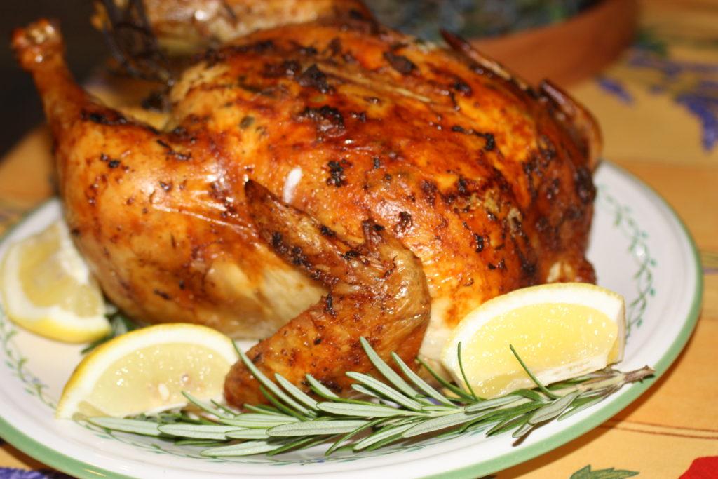 Отправляем курочку готовиться на 2 часа, в зависимости от размера можно увеличить или уменьшить время приготовления.