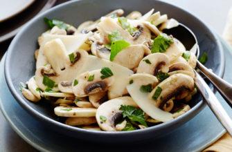Грибной салат из шампиньонов